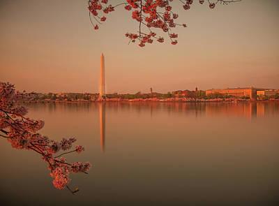 Washington Monument Poster by Adettara Photography