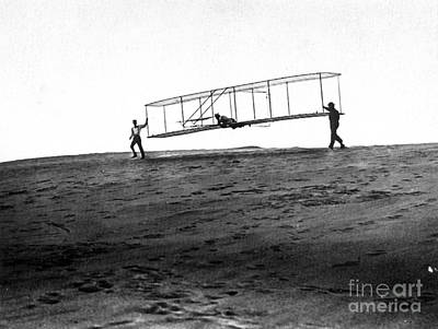Wright Brothers Glider, 1902 Poster by Science Source