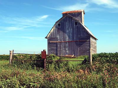 Illinois Barns Photograph -  On The Farm by Tom Druin