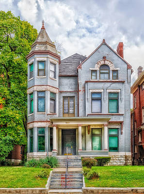 Old House Photograph - Saint James Court District by Frank J Benz