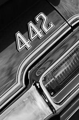 1971 Oldsmobile 442 Taillight Emblem Print by Jill Reger