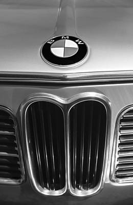 Touring Photograph - 1972 Bmw 2000 Tii Touring Grille Emblem by Jill Reger