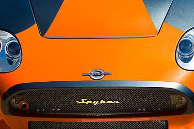 2009 Spyker C8 Laviolette Lm85 Grille Emblem Print by Jill Reger