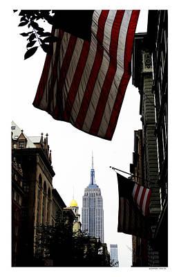 5th Avenue - Manhattan Print by Daniel Macas