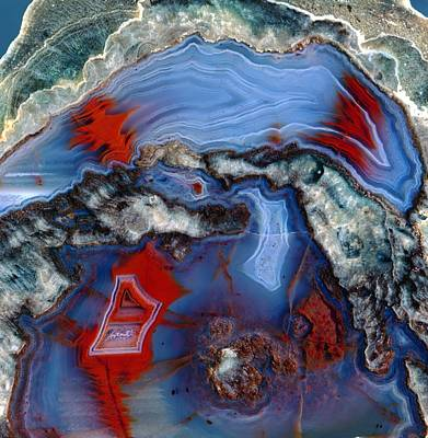 Hematite Photograph - Agate Lava Geode by Science Photo Library