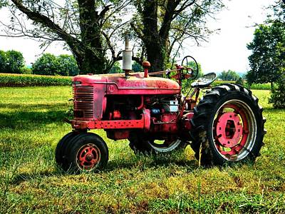 Indiana Scenes Photograph - Antique Tractor  by Julie Dant
