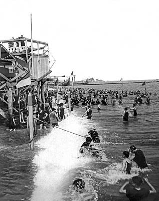 Enjoyment Photograph - Bathers At Coney Island by Underwood Archives