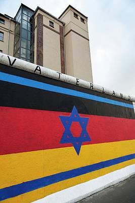 1990 Photograph - Berlin Wall by Ton Kinsbergen