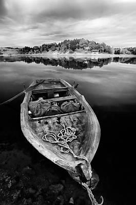 Balck Art Photograph - Caicque by Okan YILMAZ