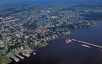 Chesapeake Bay Photograph - Chestertown Maryland by Skip Willits