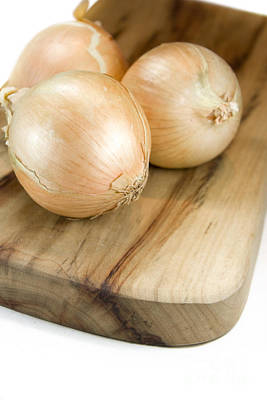 Chopping Board Onions Print by Jorgo Photography - Wall Art Gallery