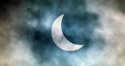 Disc Photograph - Cloudy Solar Eclipse by Martin Dohrn