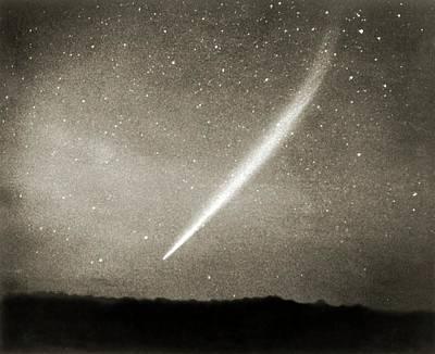 Comet Photograph - Comet Ikeya-seki by Detlev Van Ravenswaay