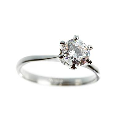 Diamond Engagement Ring Photograph - Diamond Ring by Science Photo Library