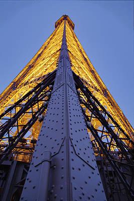 Architektur Photograph - Eiffel Tower - Paris France - 01136 by DC Photographer