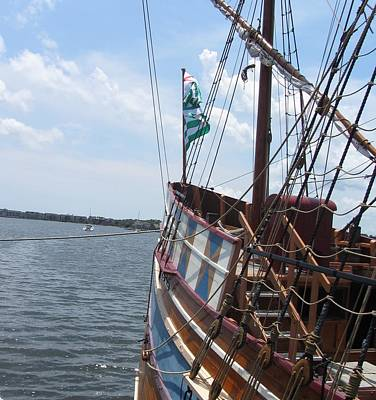 Historic Site Photograph - Elizabeth II Replica 5 by Cathy Lindsey