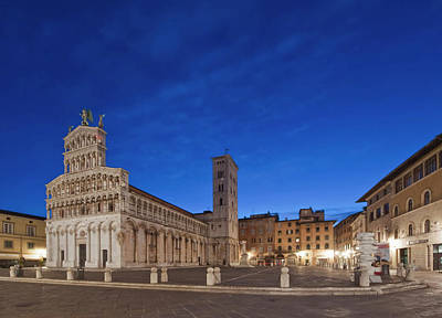 Michele Photograph - Europe, Italy, Tuscany, Lucca, Piazza by Rob Tilley