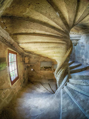 Europe Provence Lourmarin Photograph - France, Provence, Lourmarin, Spiral by Terry Eggers