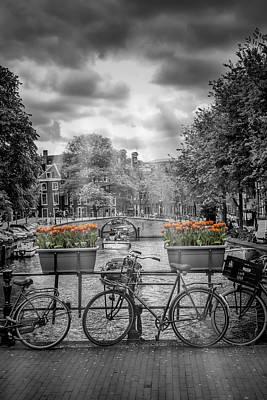 Gentlemens Canal Amsterdam Print by Melanie Viola