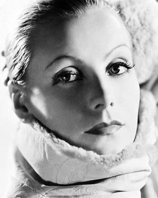 Greta Garbo Photograph - Greta Garbo In Mata Hari  by Silver Screen