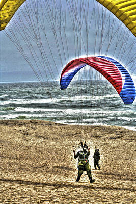 Flying Photograph - Hang Gliders by SC Heffner