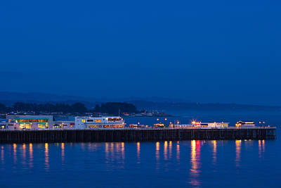 Santa Cruz Pier Photograph - Harbor And Municipal Wharf At Dusk by Panoramic Images