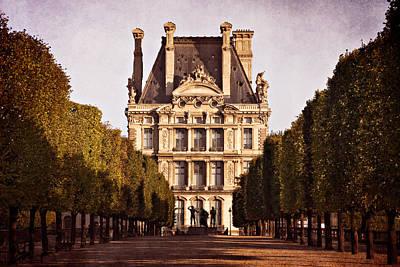 Louvre Digital Art - Jardin Des Tuileries / Paris by Barry O Carroll
