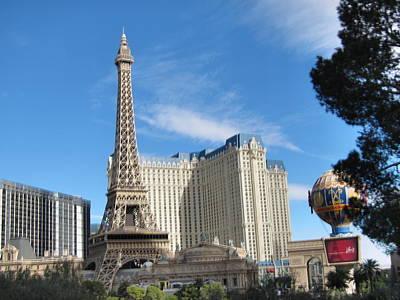 Balloon Photograph - Las Vegas - Paris Casino - 12126 by DC Photographer