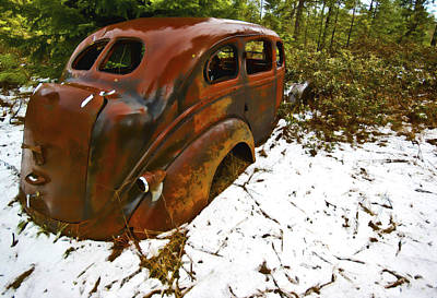 Rusted Cars Digital Art - Left To Rust by Dale Stillman