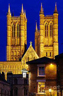 English Cathedrals Photograph - Lincoln Cathedral At Night by Colin Woods