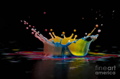 Highspeed Photograph - Liquid Coronet  by Guy Viner