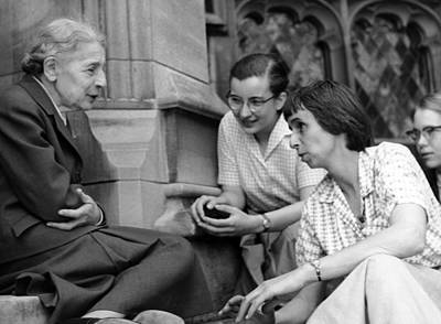 Lise Meitner With Students, 1959 Print by Science Photo Library