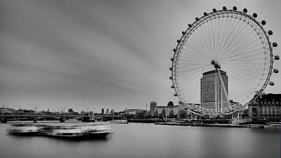 London Eye View Original by Vinicios De Moura