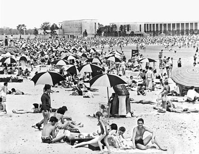 Orchard Beach In The Bronx Print by Underwood Archives