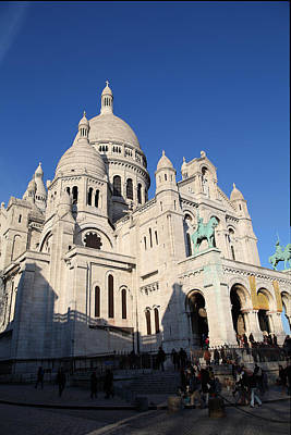 Outside The Basilica Of The Sacred Heart Of Paris - Sacre Coeur - Paris France - 01134 Print by DC Photographer