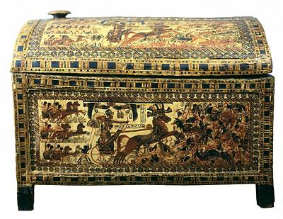 Painted Chest Depicting A King Print by Everett