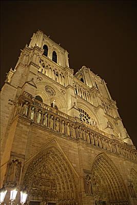 Figures Photograph - Paris France - Notre Dame De Paris - 011311 by DC Photographer