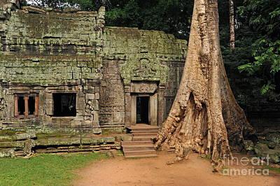 Preah Khantemple At Angkor Wat Print by Sami Sarkis