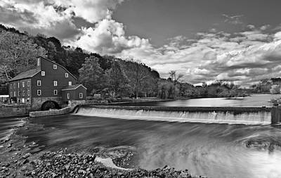 Red Mill At Clinton New Jersey Print by Susan Candelario