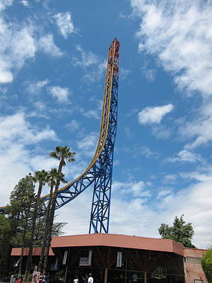 Rollercoaster Photograph - Six Flags Magic Mountain - 12121 by DC Photographer
