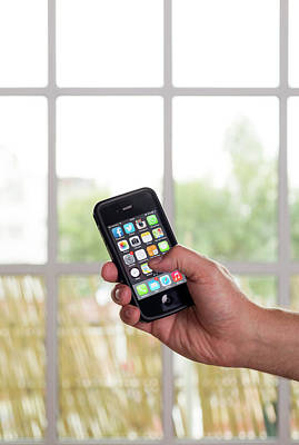 Smartphone Use Print by Daniel Sambraus