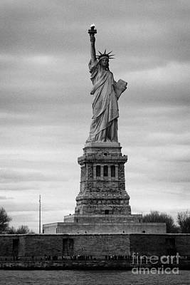 Statue Of Liberty Liberty Island New York City Print by Joe Fox