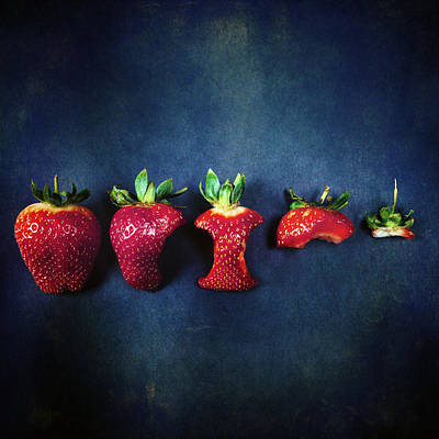 Biting Photograph - Strawberries by Joana Kruse