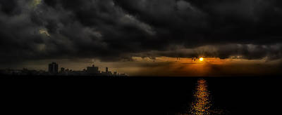 Sunset In Havana Print by Erik Brede