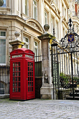 Telephone Box In London Print by Elena Elisseeva