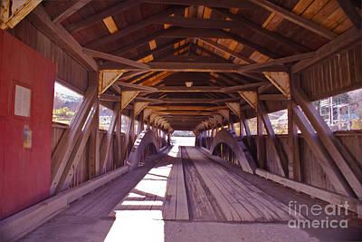 Taftsville Photograph - The Taftsville Covered Bridge. by Stan Amster