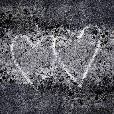 Grafitti Photograph - Two Hearts Graffiti Love by Carol Leigh
