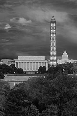 Lincoln Memorial Photograph - Washington Dc Iconic Landmarks by Susan Candelario