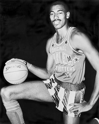 Self Shot Photograph - Wilt Chamberlain by Fred Palumbo