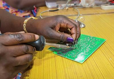 Women On A Solar Workshop Print by Ashley Cooper